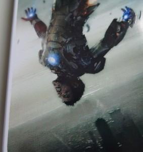 Auch hier ist der Druck an Rändern ausgefranst, man achte auf den rechten Arm von Iron Man